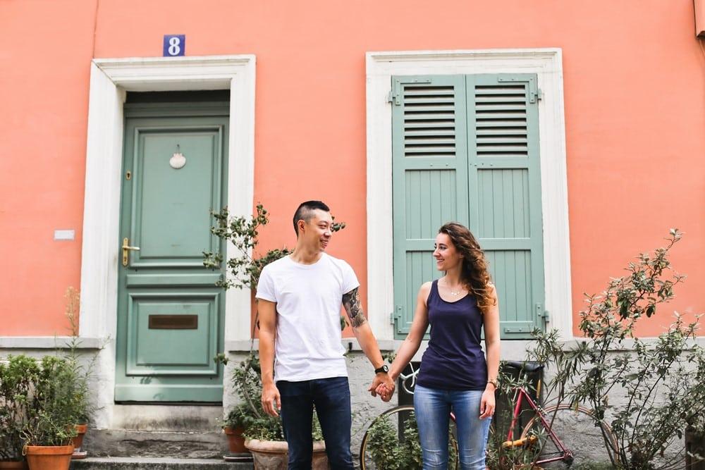 rue crémieux, 01-amandine-ropars-photographe-couple-paris-crémieux