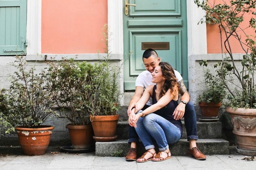 rue crémieux, 02-amandine-ropars-photographe-couple-paris-crémieux
