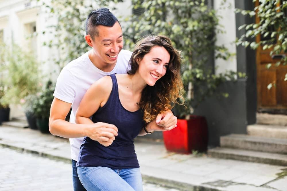 16-amandine-ropars-photographe-couple-paris-crémieux