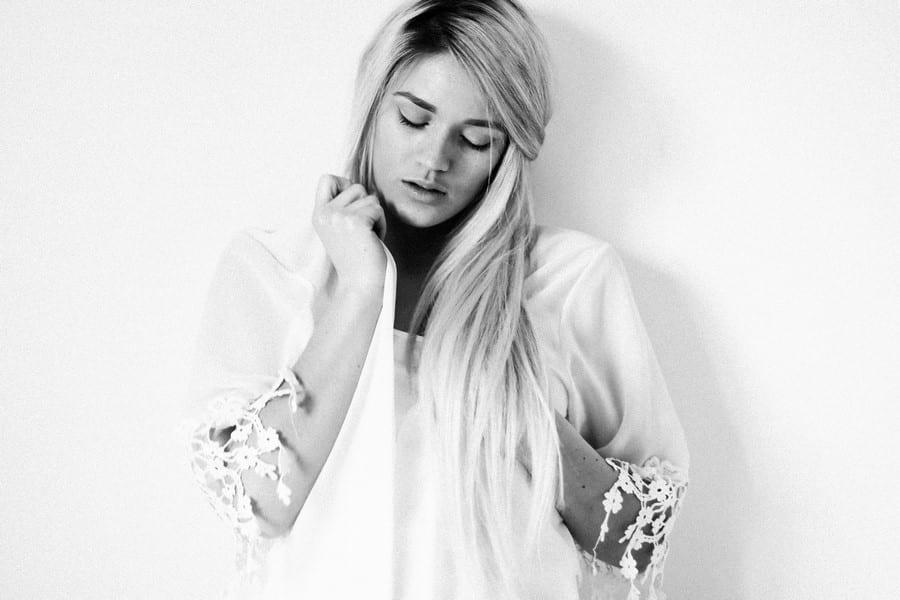 Séance portrait, femme, bretagne, 14-amandine-ropars-photographe-portrait-mode-bretagne-rennes-vannes-nantes
