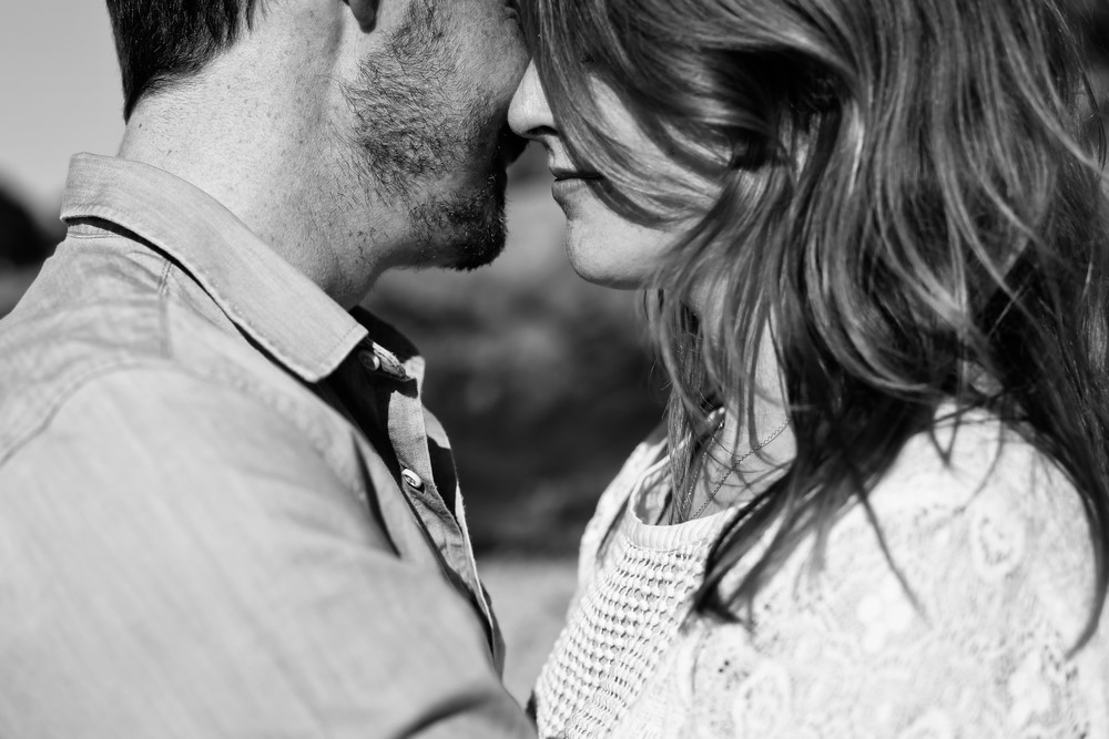 32-amandine-ropars-photographe-couple-bretagne-ile-brehat