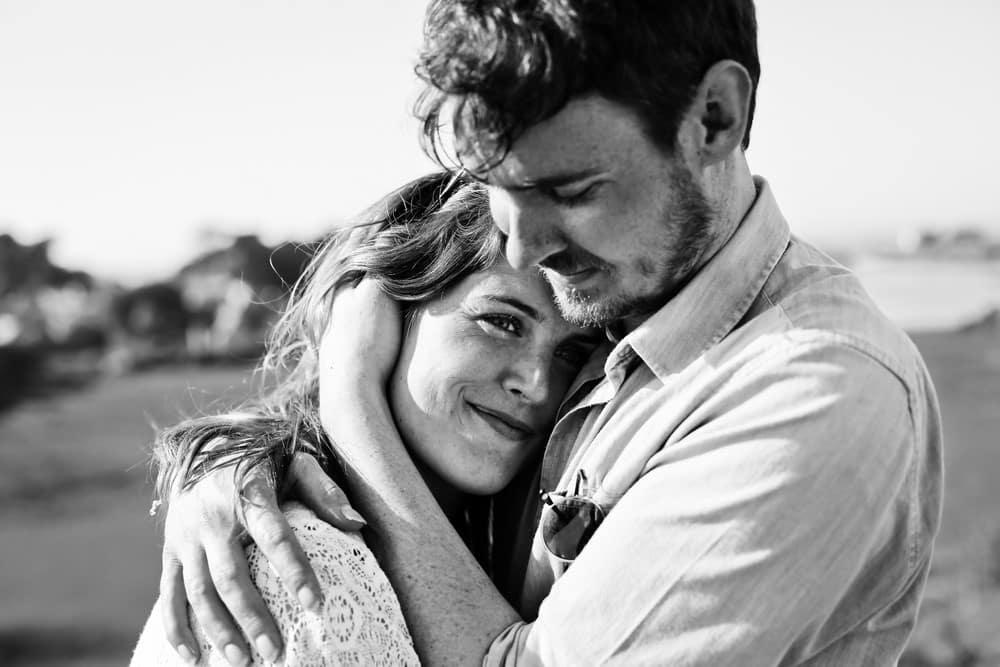 48-amandine-ropars-photographe-couple-bretagne-ile-brehat