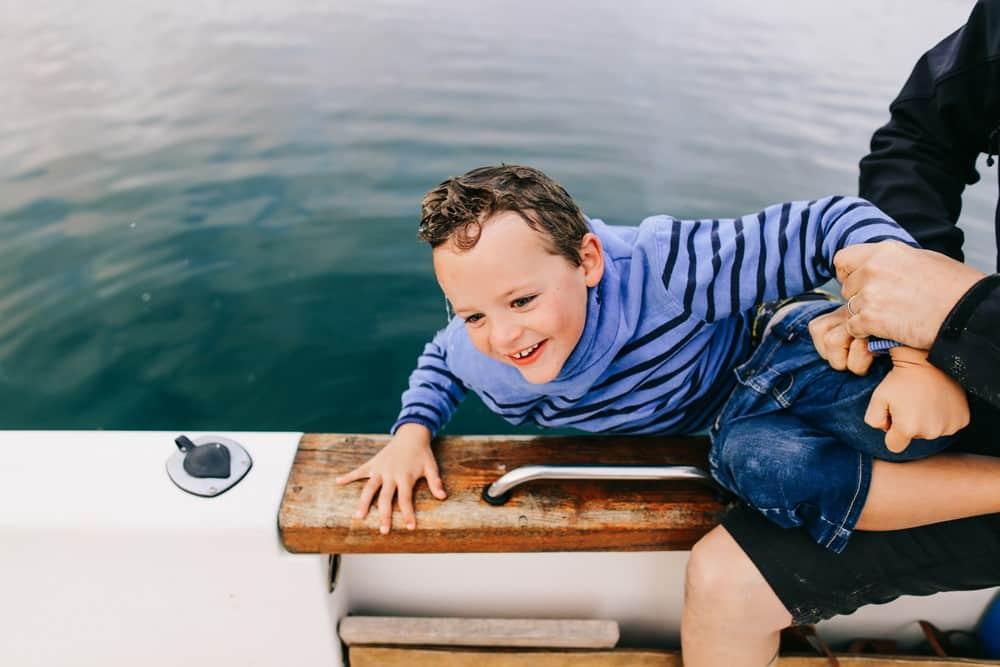 050-séance-famille-sur-un-bateau-bretagne (Copier)
