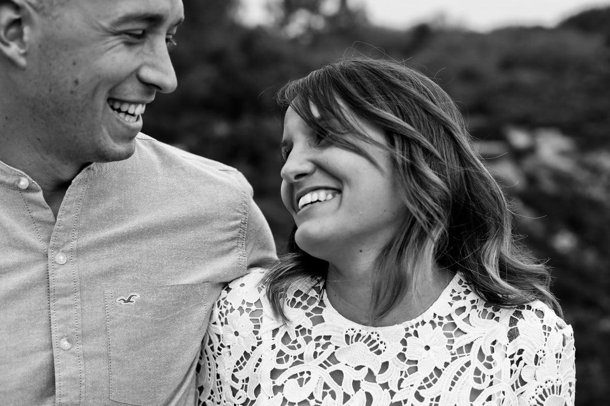 22-seance-photo-couple-engagement-bretagne