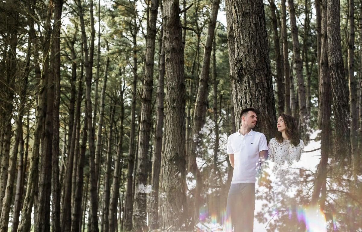 18-seance-photo-couple-engagement-bretagne-1200x770