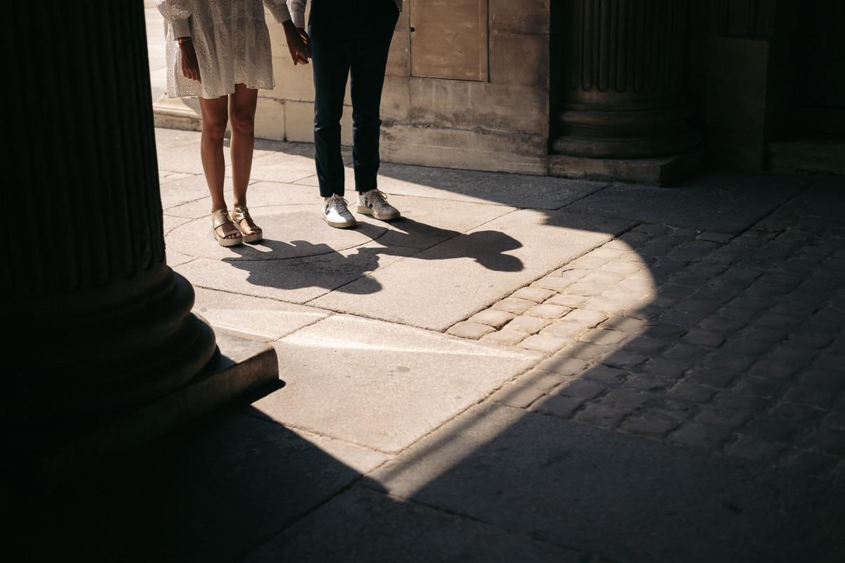 016-photographe-seance-engagement-paris-louvre